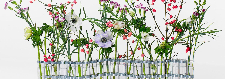 Grand-vase-d'avril-fleurs aus der tsé & tsé-Vasenkollektion